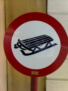 Vorsicht Schlitten