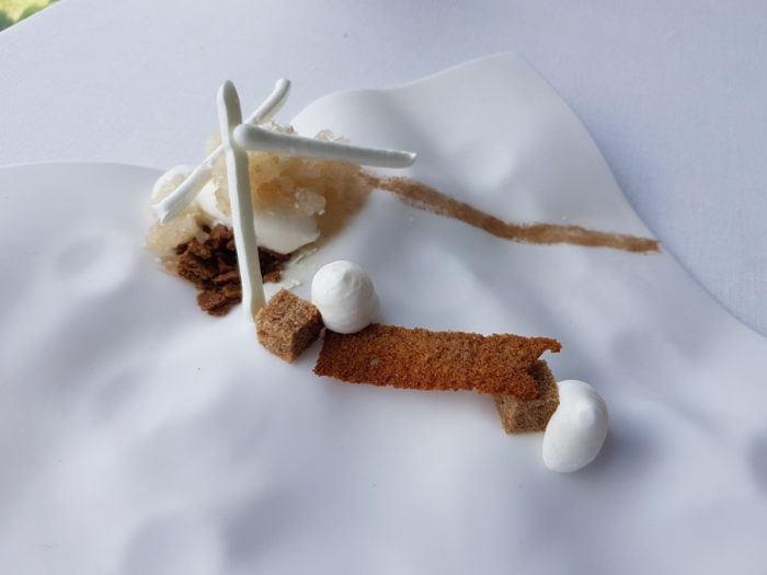 Yogurt, honey and five spices