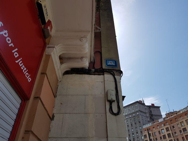 Space Invader - Eriberra Kalea, Bilbao