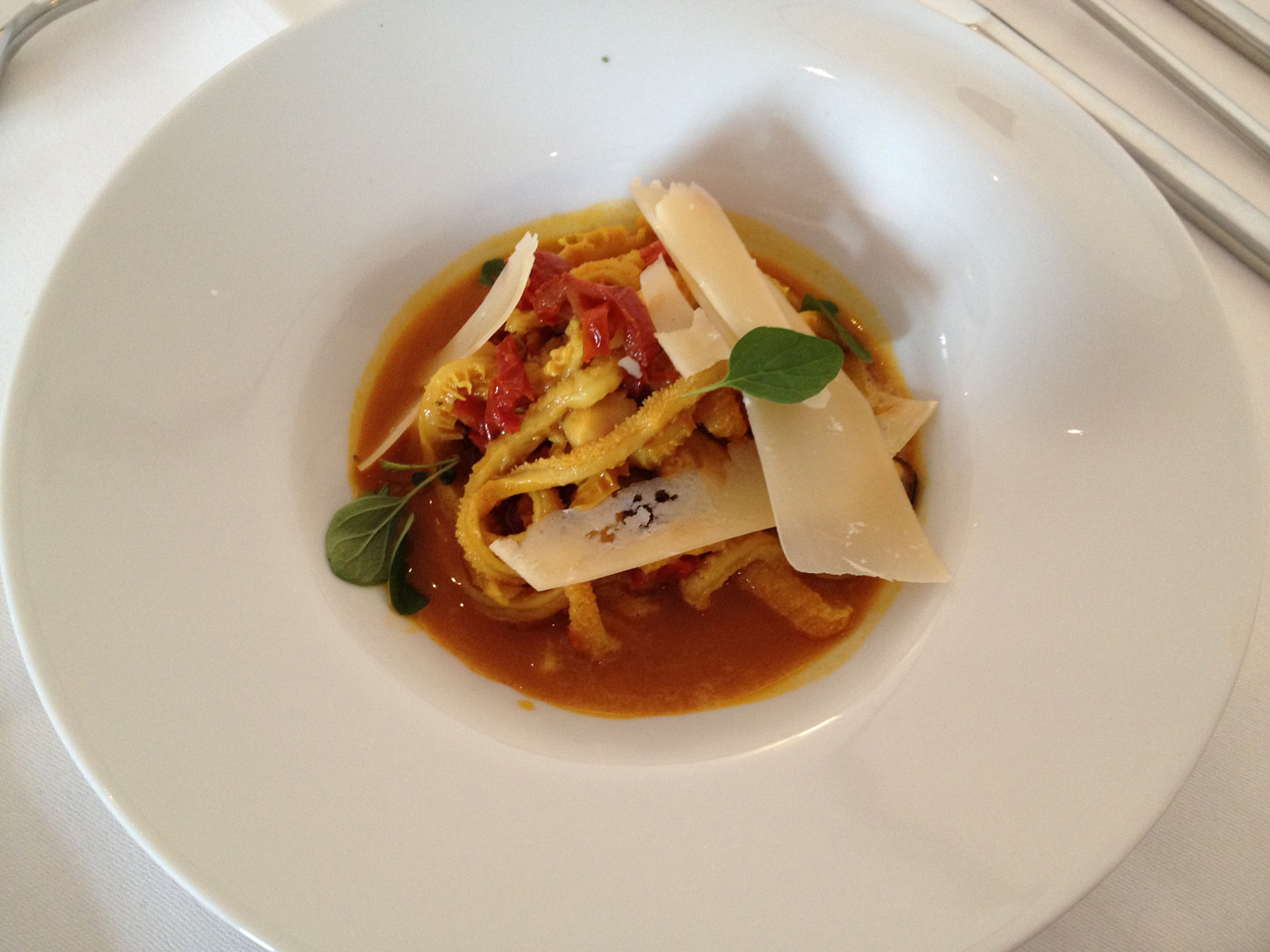 Tripe with mussels in a tomato-pernod gravy