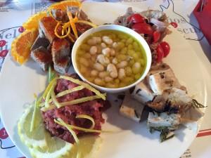Sushi del chianti - Tonno del chianti - Arista n porchetta - Cosimino in salsa ardente - Fagioli