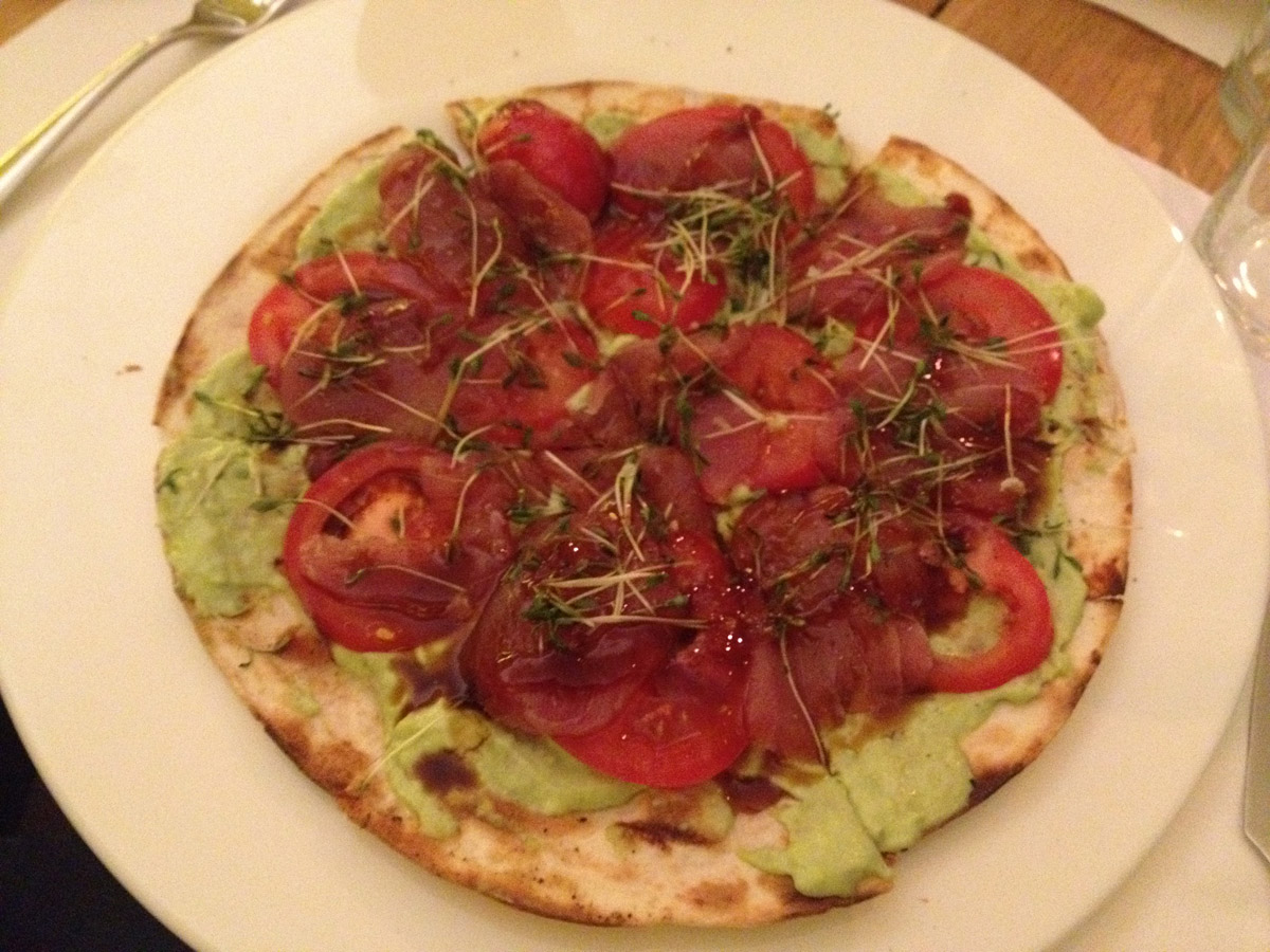 Tuna Sashimi Pizza