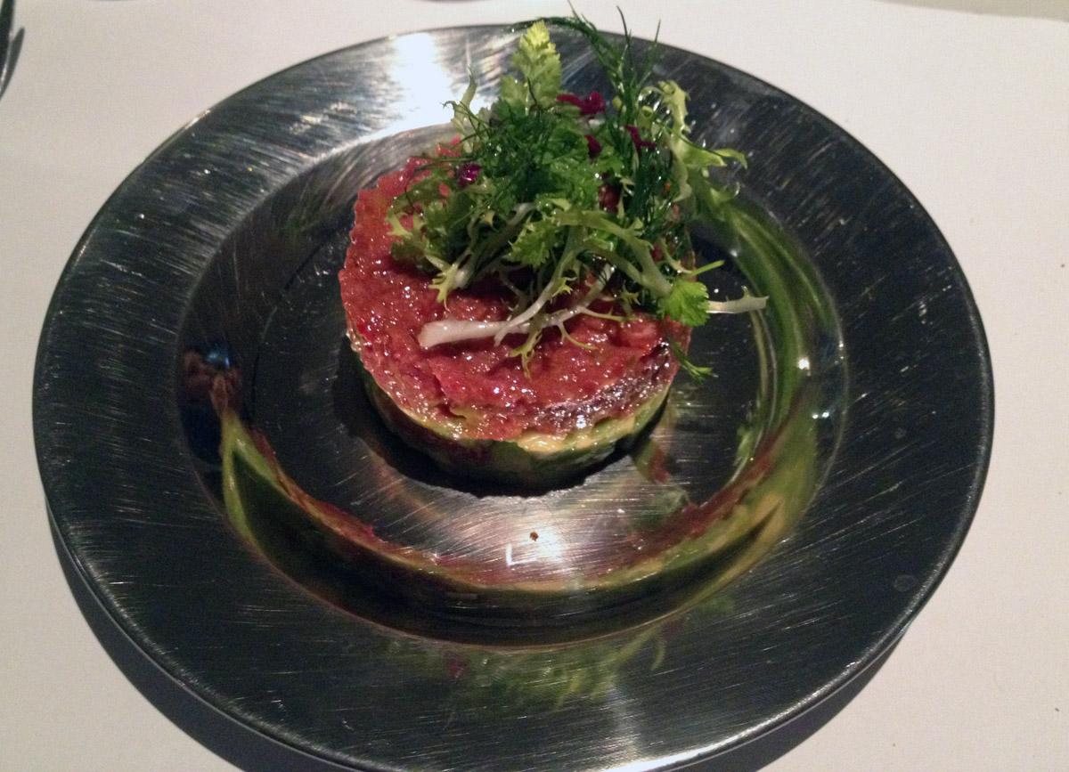 Beef tartar with avocado