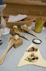 Homemade bread, 3 kinds of butter, amaranth cracker